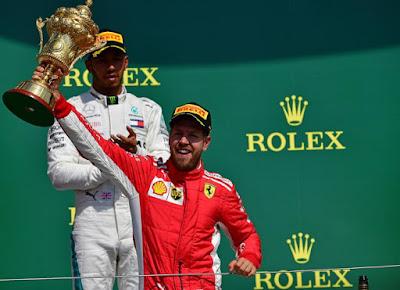 Vettel vence prova emocionante e acaba com hegemonia de Hamilton na Inglaterra