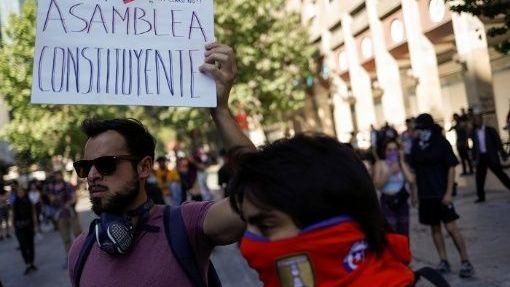 Denuncian intento de remover a diputados del Partido Comunista y el Frente Amplio en Chile