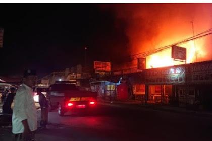 Api Ludeskan Sebuah Rumah Di Lamongan, Penghuninya Tewas Terbakar