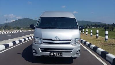 Sewa Mobil Minibus Lombok Go Lombok Transport