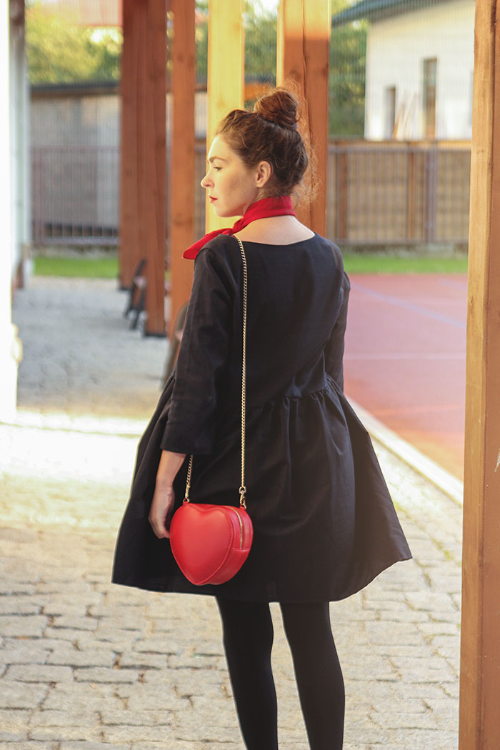 cinamoon  navy dress red details rozkloszowana sukienka