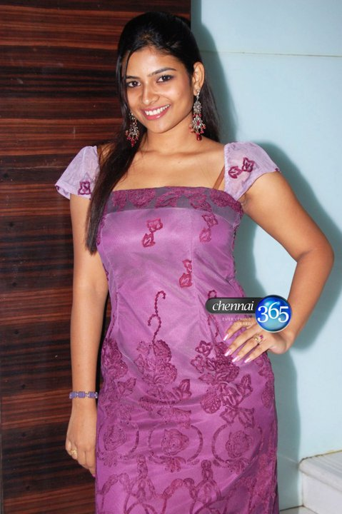 Vj Maheswari: March 2012