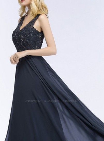 Appliques V-neck Bridesmaid Dress– Price: US$ 99.00