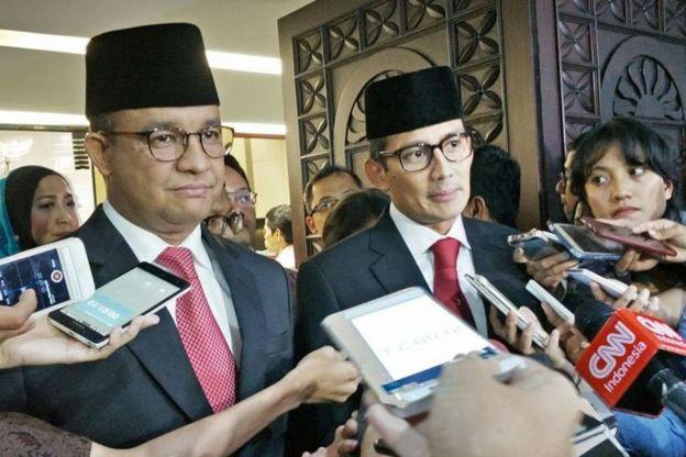 Gubernur Anies Baswedan dan Sandiaga Uno di DPRD