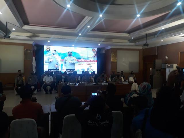 Polda Jambi Press Release Akhir Tahun 2020 di Gedung Rupatama Polda Jambi