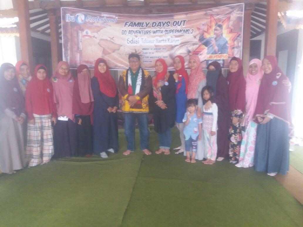 Me and ibu-ibu di IIP Semarang