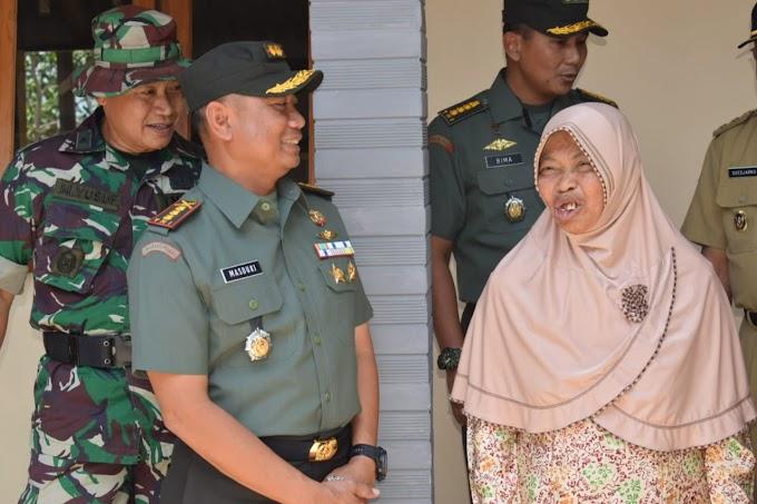 TMMD ke-106, Kembali Tampilkan Sosok Humanis Danrem ,081/DSJ Kolonel Inf Masduki.