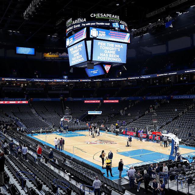 BALONCESTO: NBA suspendería temporada de existir casos de COVID-19 en Disney.