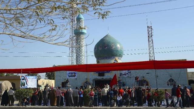 FOTO : Lantunan Musik Rap dan Ibadah Kaum Syiah Irak