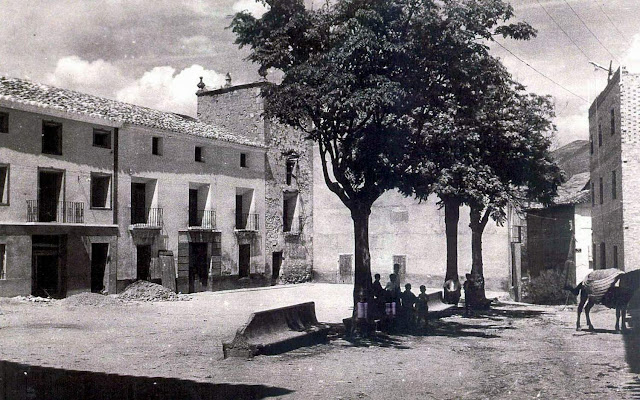 torrebaja-valencia-plaza-ramon-cajal-ayuntamiento