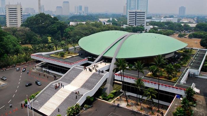 DPR Hilang Nurani Saat Rakyat Dirundung Corona