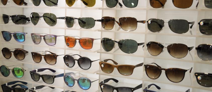 99991ecc732cc Veja as melhores lojas para comprar óculos escuros em Miami