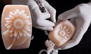 hiasan bunga dari bahan sabun batangan www.simplenews.me
