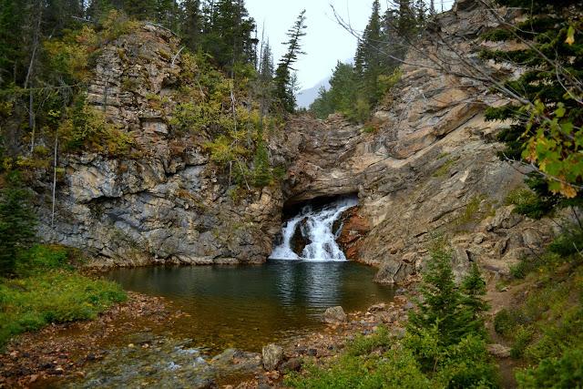 Національний Парк Глейшир. Водоспад Раннінг Ігл, Монтана (Running Eagle Falls, Glacier National Park, MT)