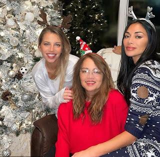 Rosemary Elikolani with her daughter Nicole & Keala