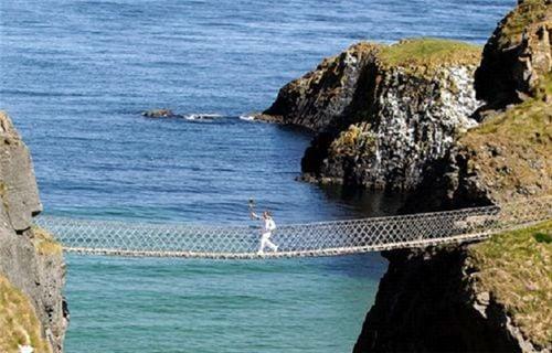 10 cây cầu treo sợ nhất thế giới 2