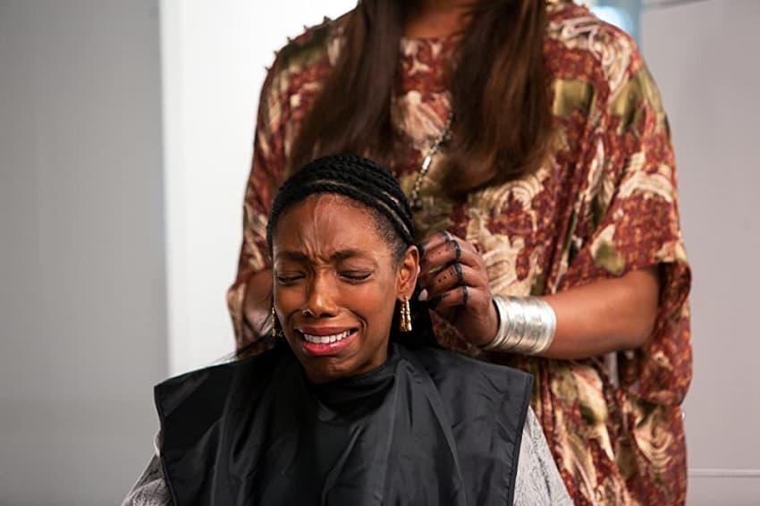 «Мои волосы хотят убивать» («Плохие волосы») - разбор и объяснение сюжета и концовки. Спойлеры! - 03