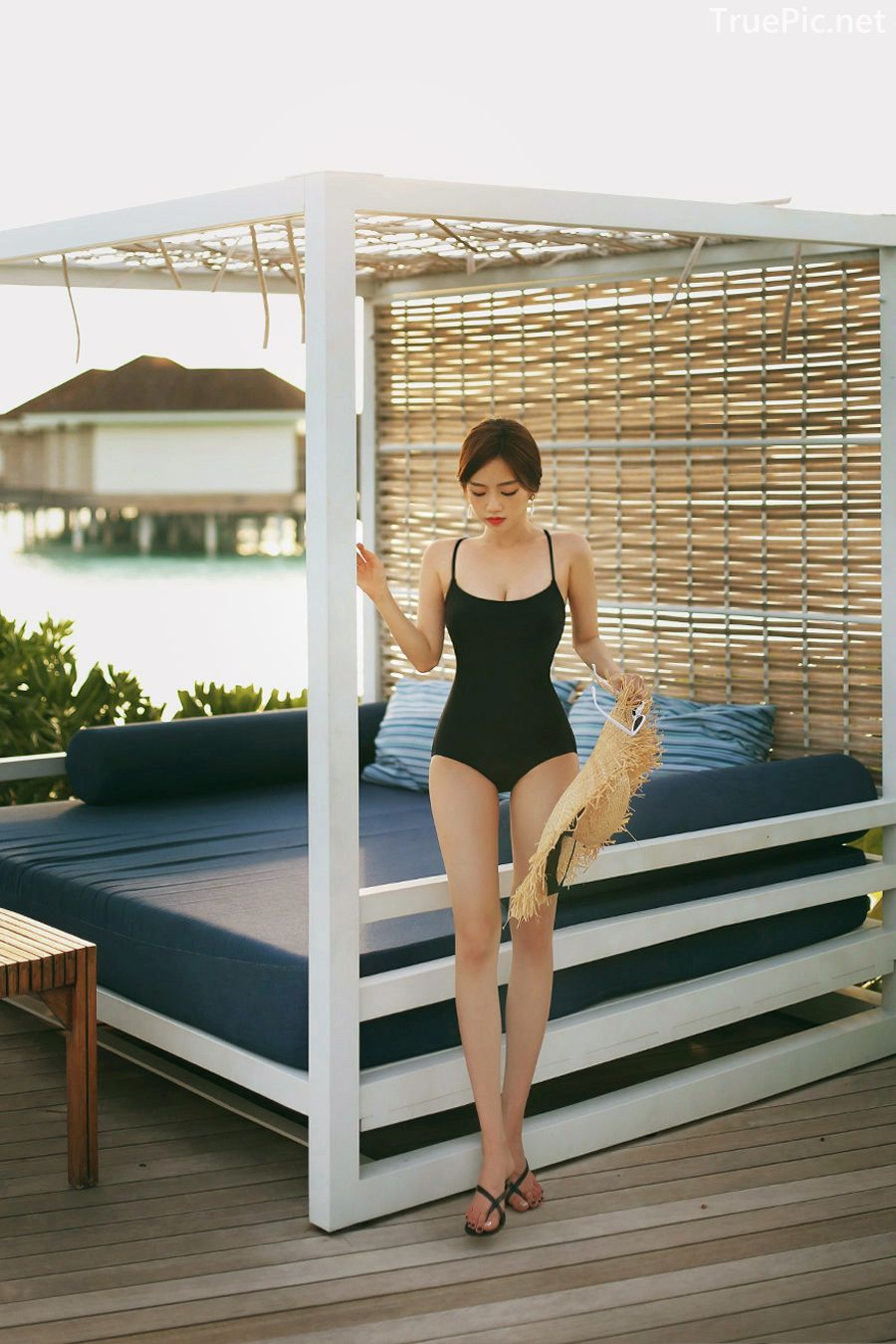 Korean model and fashion - Lee Hyunjung - Time to face me Black Monokini - Picture 7