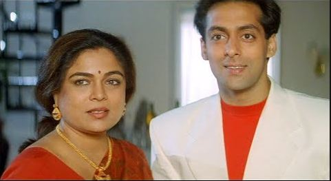 Reema Lagoo: The Favourite Mother of Bollywood Stars Passes Away