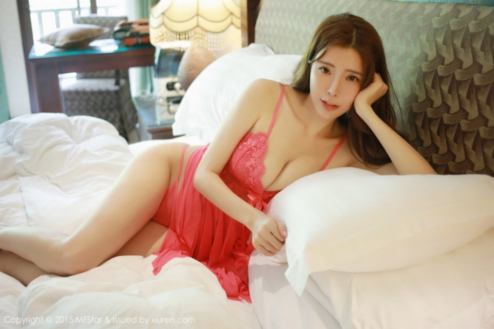 0024 - Hot MFSTAR VOL.10 Model Girl Hot