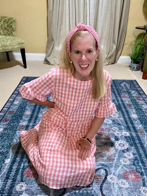 maryland fashion influencer blogger pink gingham dress pink lele sadoughi headband teacher style