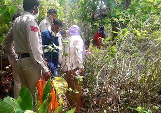 पति ने पत्नी की हत्या करके शव को जंगल में छिपाया