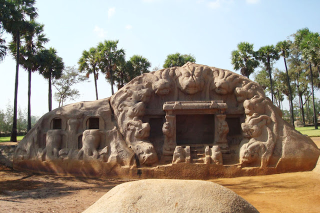 Mamallapuram Tiger Caves Pulikugai Yaali Mandapam