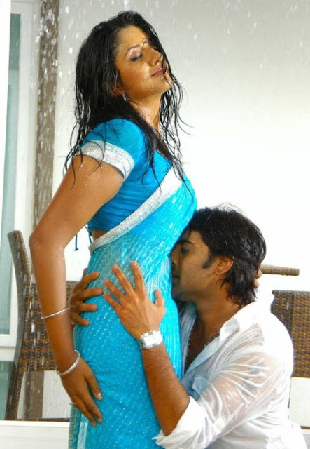 kiss hot Vimala raman