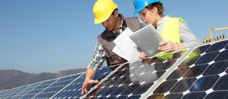 See the Benefits of Working With the Best Solar Company