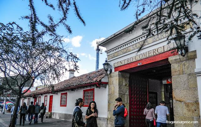 Centro Comercial Santa Bárbara, uma antiga sede de fazenda em Usaquén, Bogotá