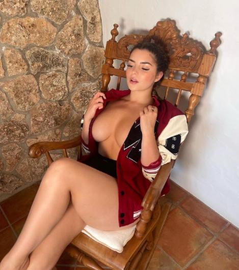 Demi Rose sexy