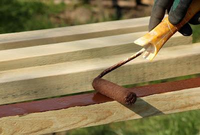legno-colore-vernice-pittura-rullo