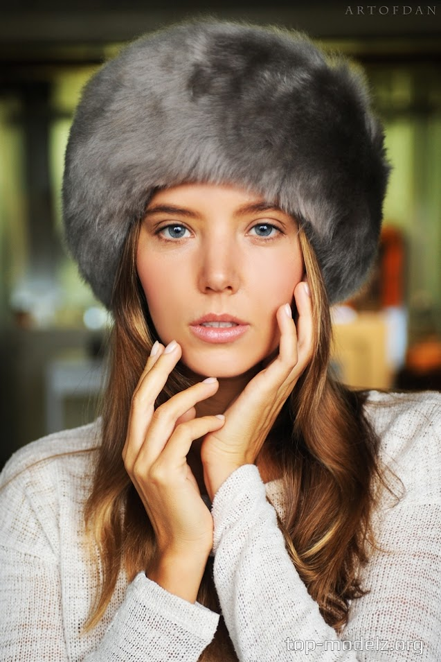 [ArtOfDan] Katya Clover - Winter Magic