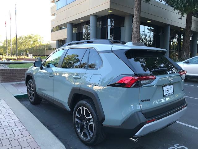 Rear 3/4 view of 2019 Toyota RAV4 Adventure
