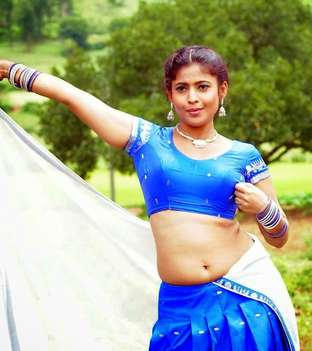 Actress Harini Hot Navel Show Photos « Actresss Spicy