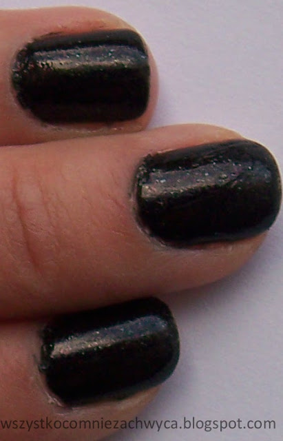 Catrice, Ultimate Nail Lacquer, 440 I wear my sunglasses at night