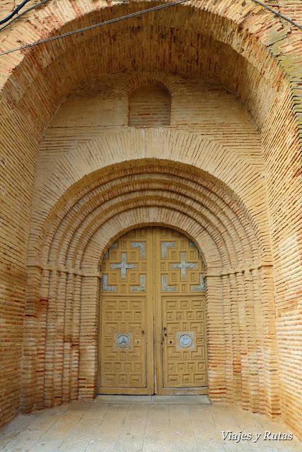 Portada de San Miguel, Grajal de Campos