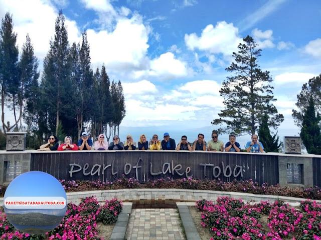 Paket Tour Taman Simalem Resort