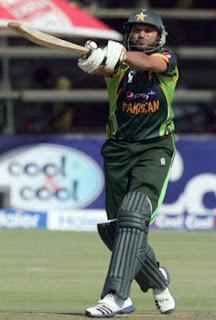 Ahmed Shehzad 70 - Zimbabwe vs Pakistan 1st T20I 2013 Highlights