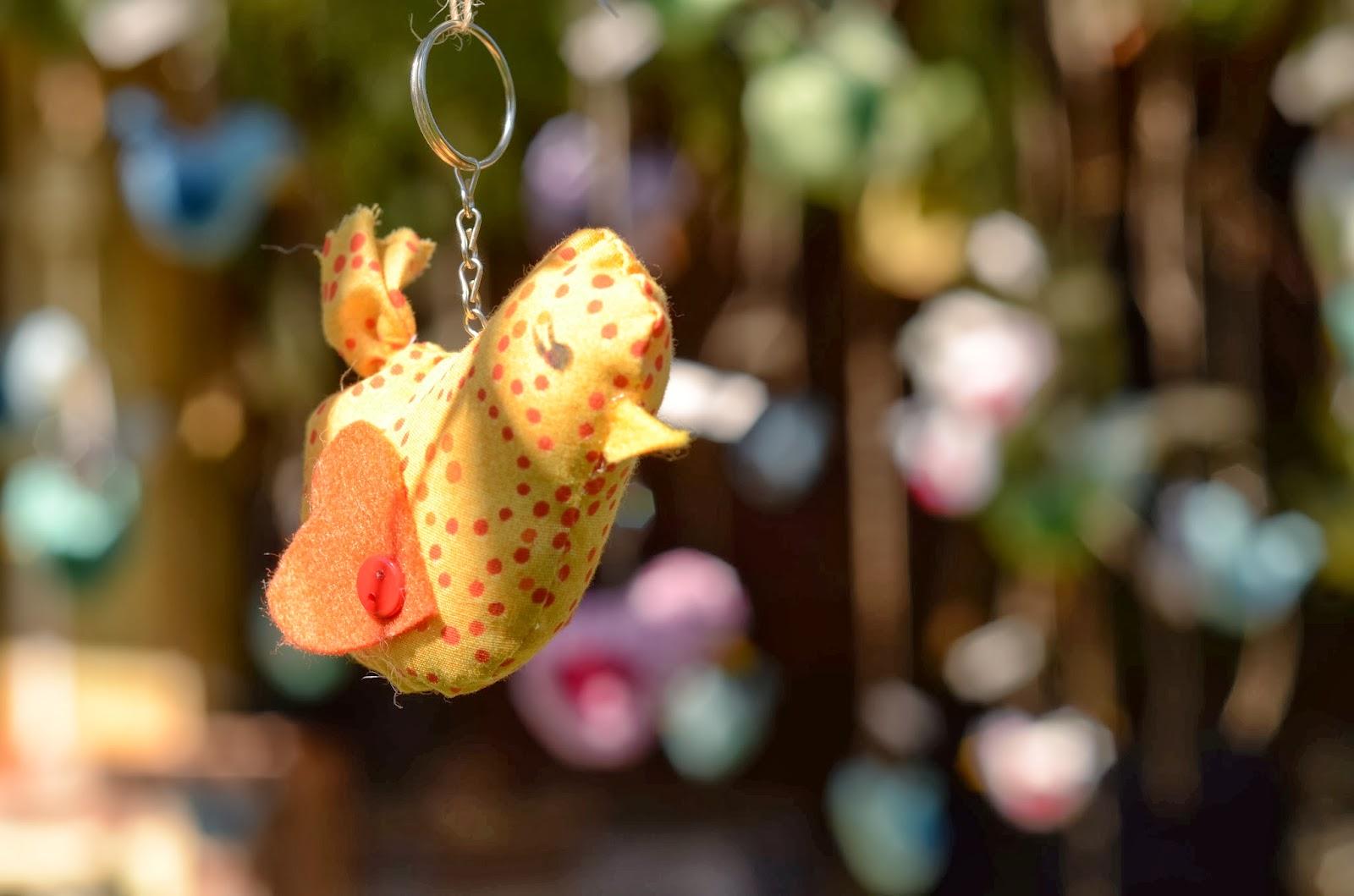decoracao-passarinhos-casamento-dia-azul-amarelo-1