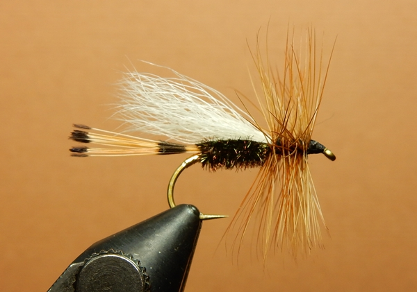 Flytying: New and Old: Trude Style Flies