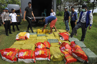 Indonesian police seized a ton of crystal methamphetamine