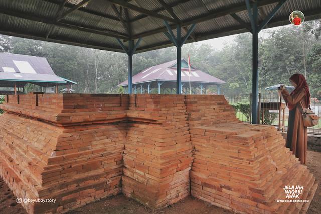 Candi Padang Roco