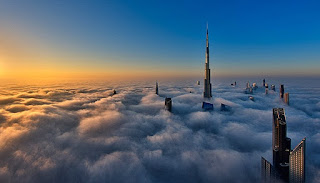 Gedung Tertinggi Di Dunia Setelah Burj Khalifa Di Dubai UEA adalah Kingdom Tower Di Jeddah Arab Saudi