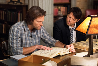 "Jared Padalecki as Sam Winchester and Misha Collins as Castiel/Lucifer in Supernatural 11x14 ""The Vessel"""