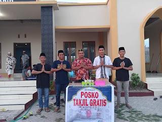 Masjid Baitur Rahim Desa Papanloe Menyediakan Posko Takjil Gratis Selama Ramadhan
