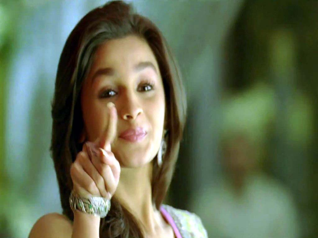 Alia Bhatt Birthday Hd: Free Download Wallpaper