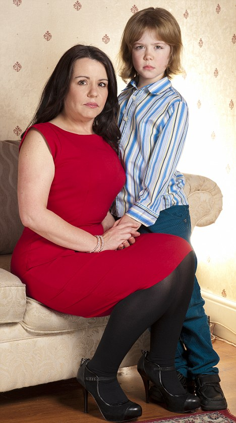 son forced mom sex tube