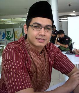 Biodata Tommy Kurniawan