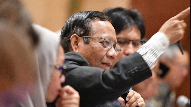 Prabowo dan Tito Mana? Dipanggil Mahfud MD Kok Tidak Datang